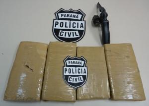 Arma e droga eram trazidos de Foz do Iguaçu. Foto; Denarc