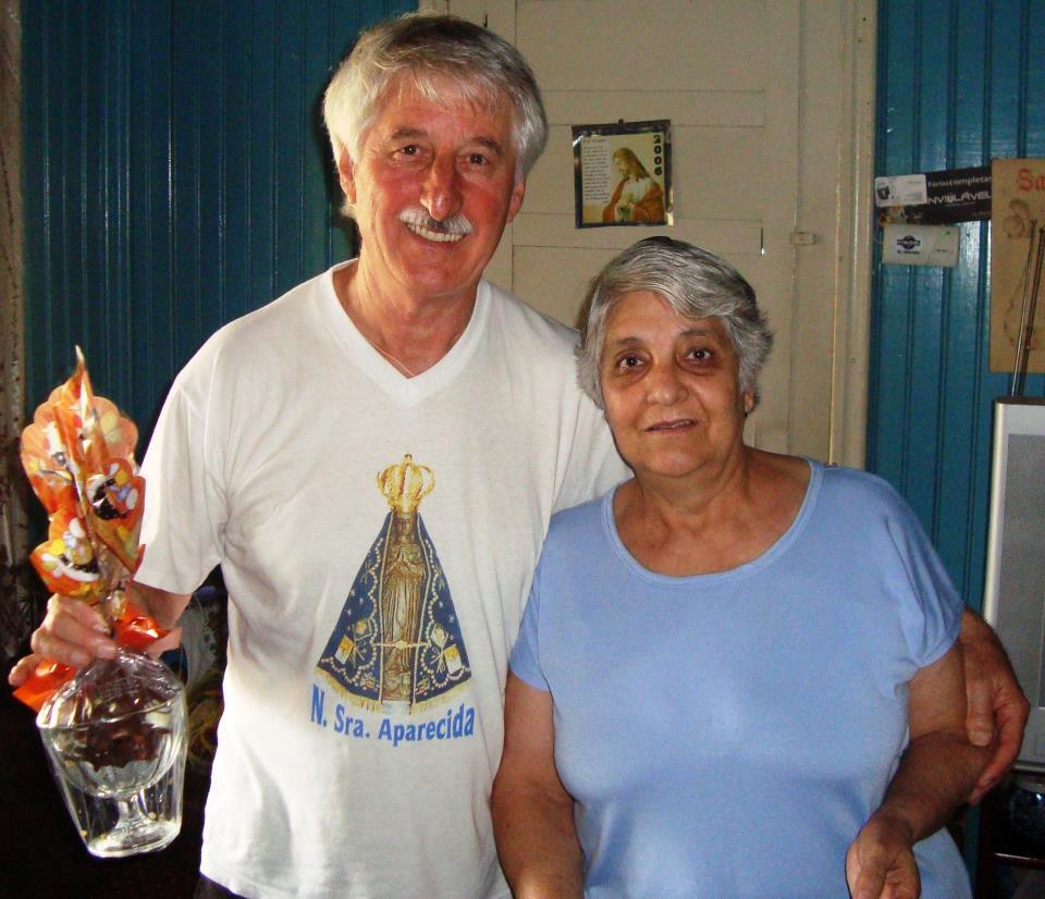 Na foto jair Possel, que morreu no acidente, aparece junto com a esposa Laídes, que ficou gravemente ferida. Foto: Reprodução Facebook