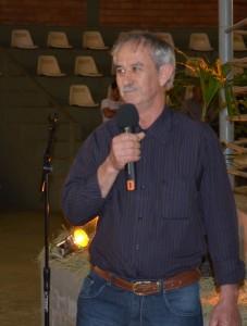 Produtor e secretário da associação, Antonio Bueno