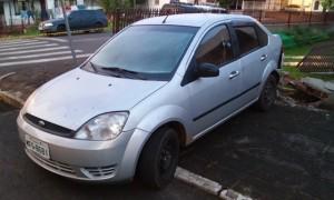 Carro de propriedade da vítima. Foto: Evandro Artuzi/RBJ