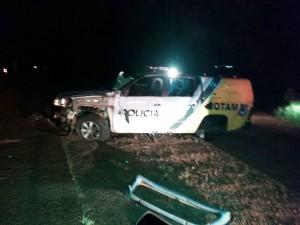 Policiais sofreram ferimentos leves. Foto de divulgação