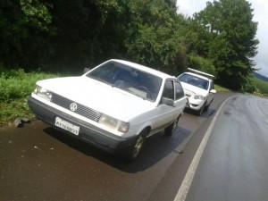 Veículo abandonado pelo bando. Foto:Atual FM