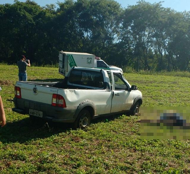 Corpo da vítima foi encontrado há poucos metros do carro. Foto: Divulgação PRE