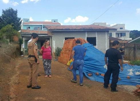 Mãe acusada do crime foi presa pela Polícia Militar. Foto: Jeferson Cascavel (Equipe COP)