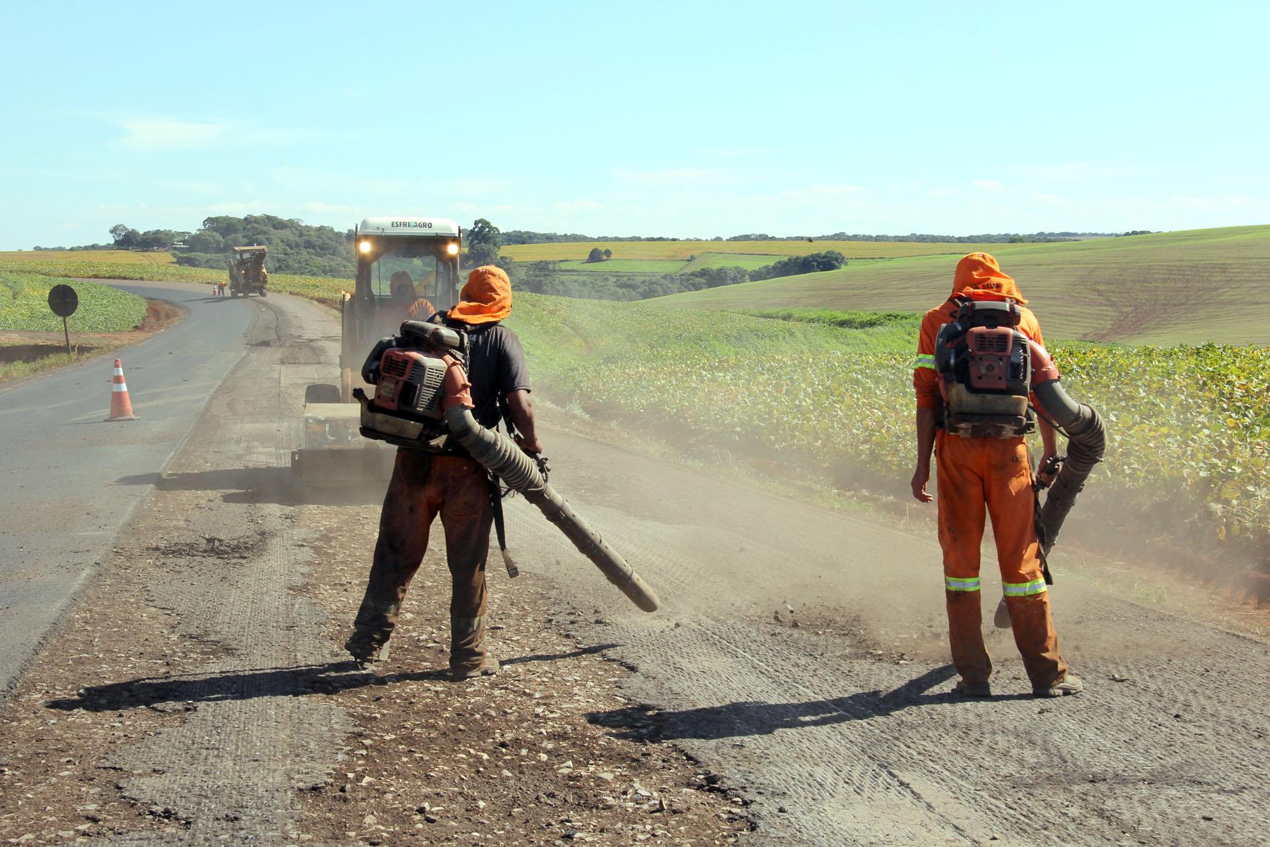 DER-PR está recuperando 86 quilômetros de rodovias no Sudoeste. Foto: Jorge Woll/DER