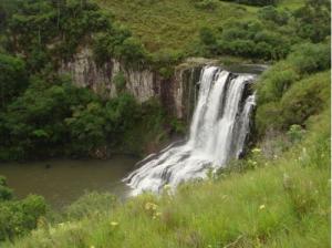 Cachoeira no Rio Quebrado.Foto de Marcos Alexandre Danieli
