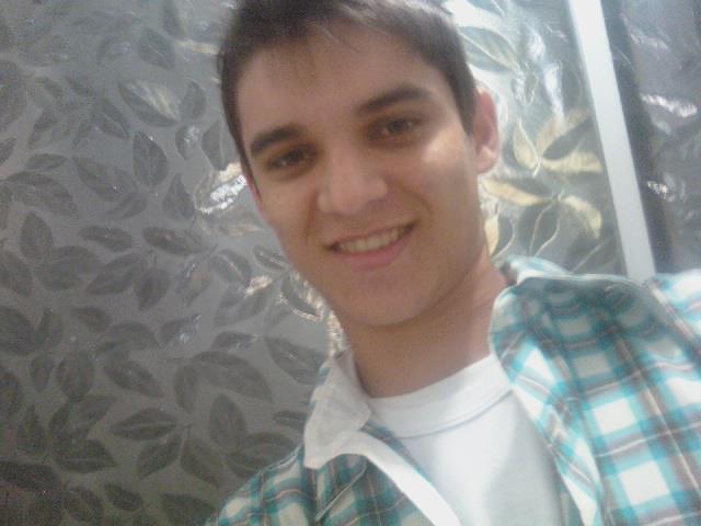 Emerson Bortolini, 22 anos. Foto extraída do Facebook