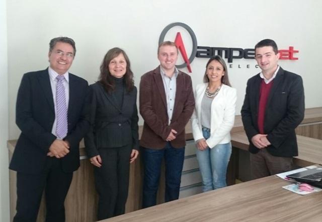 No dia 28 de junho, a equipe da unidade de Pato Branco da Ampernet recebeu visita dos avaliadores da Quality Focus. Foto de divulgação