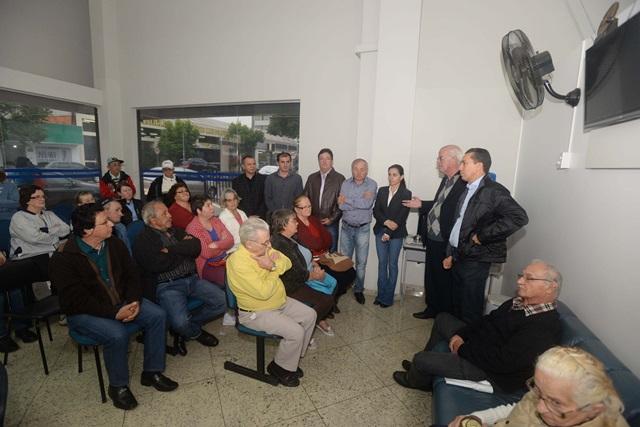 Autoridades locais e regionais recepcionaram os primeiros pacientes beneficiados com o mutirão. Foto de divulgação