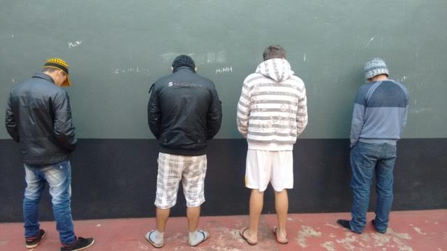 Integrantes da quadrilha estão recolhidos na carceragem da delegacia de Dois Vizinhos. Foto: Polícia Militar
