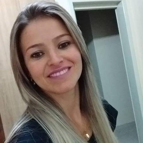 Loreni Evangelista Ferreira Cantelli, 34 anos. Foto: reprodução Facebook