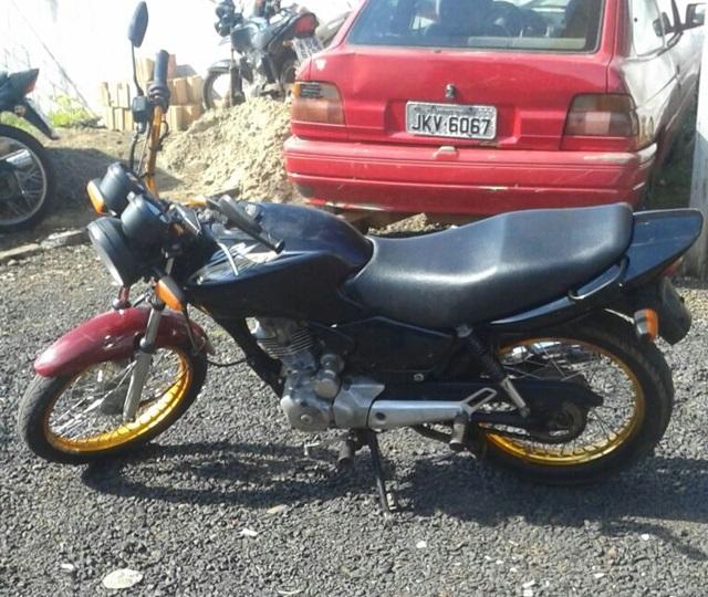 Moto furtada em Rio Bonito do Iguaçu foi recuperada em Saudade do Iguaçu. Foto: Polícia Militar