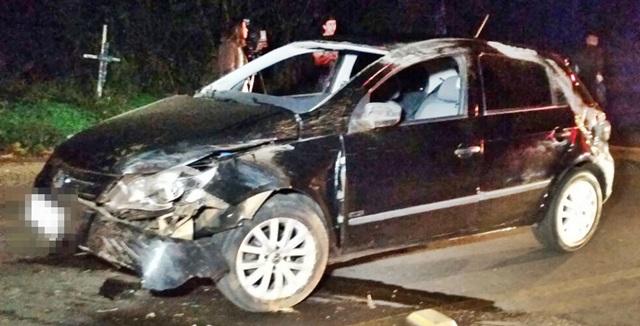 Carro envolvido no acidente, um Gol com placas de Dois Vizinhos. Foto: PRE