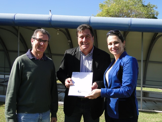 O presidente do IAP (Instituto Ambiental do Paraná), Luiz Tarcísio Mossato Pinto, recebeu quinta-feira (1) Foto: Divulgação IAP