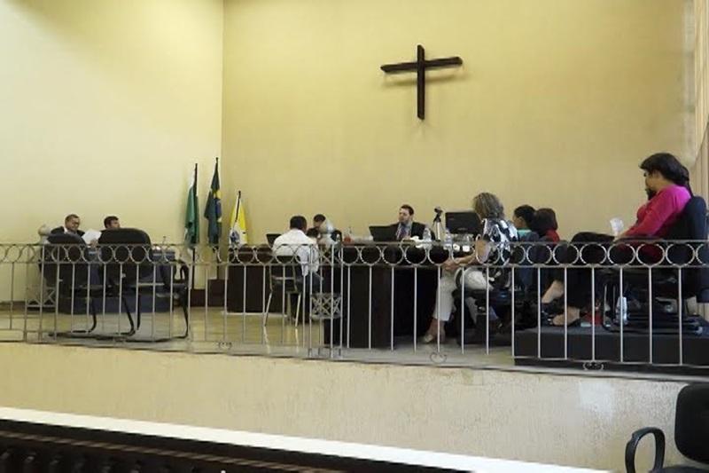 Julgamento começou as 09 da manhã e encerrou às 19 horas. Foto: Reprodução Rede Massa (SBT)