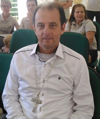 Bispo da Diocese de Palmas/Francisco Beltrão, Dom Edgar Xavier Ertl enaltece o trabalho de formação da Assessoar nesses 50 anos. Foto: Evandro Artuzi/RBJ