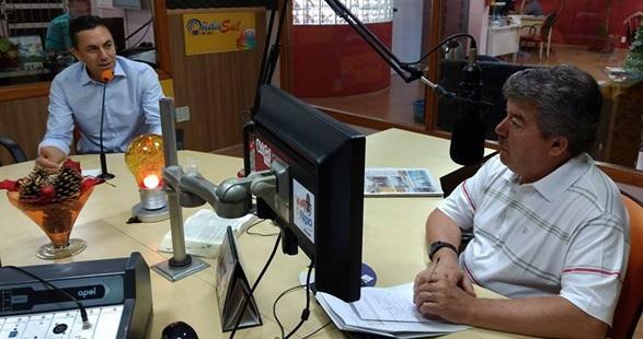 Deputado Reichembach foi entrevistado pelo jornalista Luiz carlos Baggio. Foto: Everton Leite