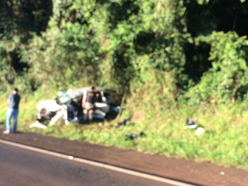 Devido a gravidade, a PRF ainda permanecia no local do acidente no início da manhã. Foto de divulgação