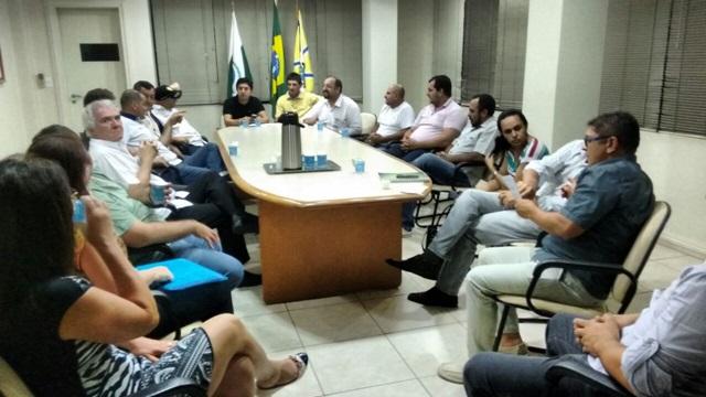 Reunião realizada na noite de quarta-feira (14) na sede do Sinditac, em Francisco Beltrão.