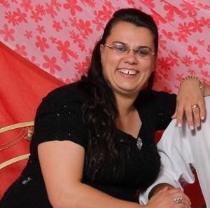 Luciane estava desaparecida desde o dia 19 de dezembro. Seu corpo foi encontrado às margens da BR-282 (Foto:Divulgação)