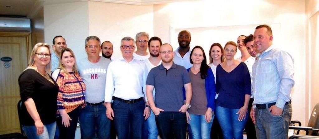 Parte da equipe esteve reunida com o prefeito na última semana para a definição dos primeiros trabalhos