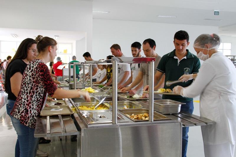 Uma das novidades é a inclusão do prato vegetariano, o que atende um antigo pedido da comunidade acadêmica/ UFFS/Ariel Tavares