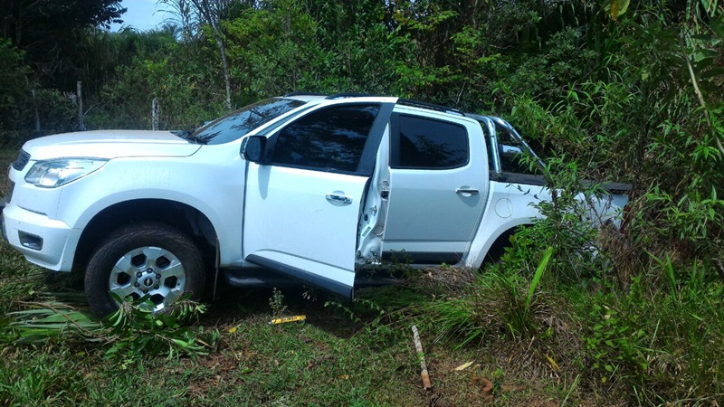 S-10 foi abandonada pelo motorista, após envolvimento em um acidente. Foto de divulgação