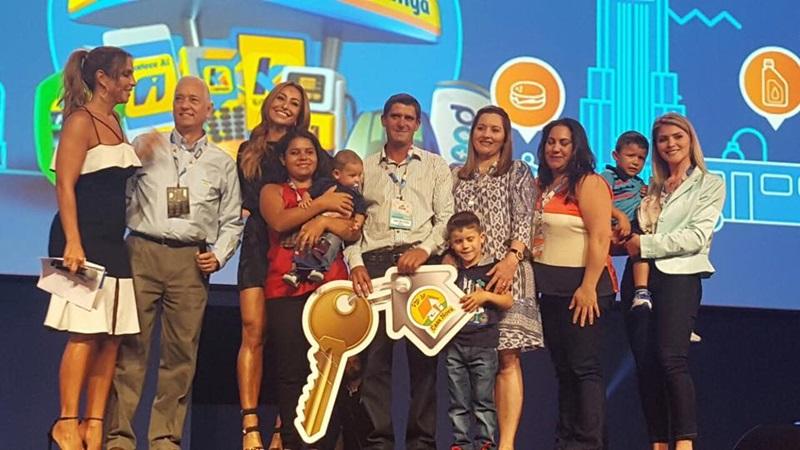 Odair José da Rosa esteve com a família na convenção da rede Ipiranga, no Rio de Janeiro. Foto de divulgação