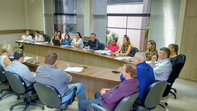 Comissão de Saúde da Amsop se reuniu com a 8ª Regional, Cresems e Ciruspar para discutir custo do Samu aos municípios. Foto de divulgação
