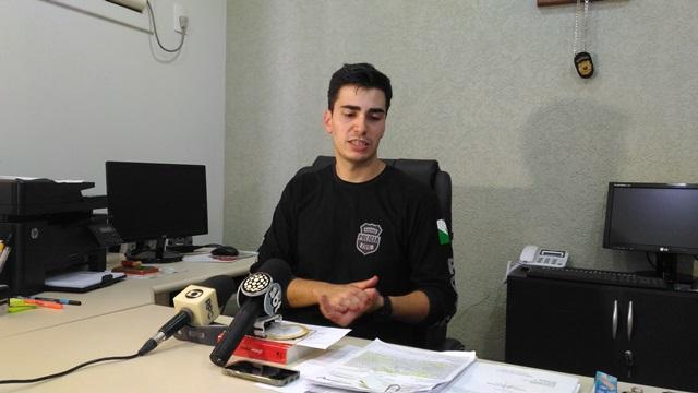 Delegado Ricardo Moraes dos Santos deu detalhes sobre a investigação. Foto: Evandro Artuzi/RBJ