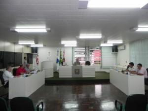 Vereadores durante a 9ª Sessão Extraordinária do ano. Foto: Assessoria Câmara.