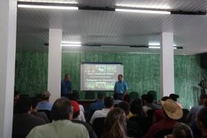 A reunião marcou o início do ano letivo da Casa Familiar Rural. Foto: Assessoria.