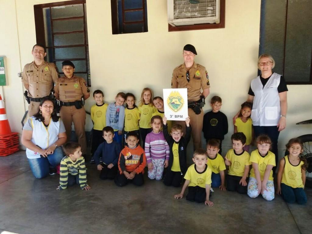 """Este foi o segundo encontro do projeto de iniciativa da Polícia Militar """"Café da Manhã com a PM"""". Foto: Polícia Militar."""