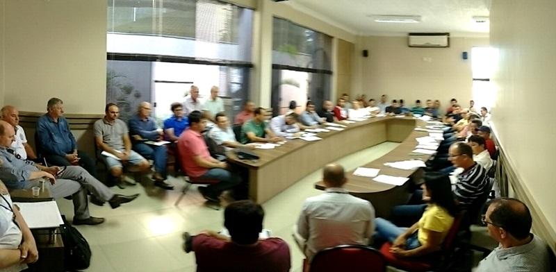 Secretários e representantes de órgãos ligados ao meio ambiente e agricultura se reuniram na Amsop na última semana. Foto de divulgação