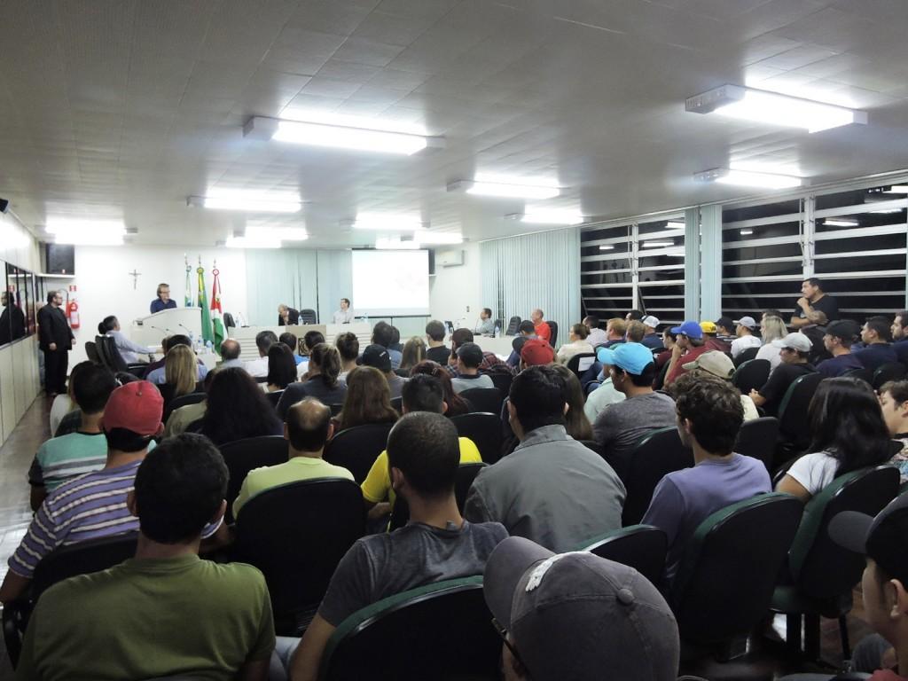 A audiência pública teve duração aproximada de três horas.Foto: Edson Zuconelli.