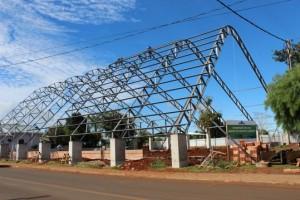 Construção da nova quadra de esportes / Foto: Assessoria