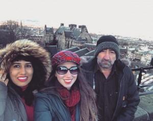 Débora com os pais Luis Adroaldo Barbosa e Sirlei Gomes Barbosa(Foto: Arquivo Pessoal)
