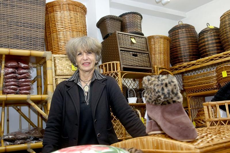 Salete Oltramari, adquiriu financiamento da Fomento Paraná para ampliação de sua loja. Foto: Jaelson Lucas / ANPr