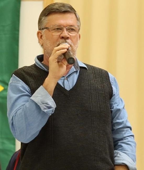 Deputado Federal Assis do Couto (PDT) foi o anfitrião do encontro. Foto de divulgação