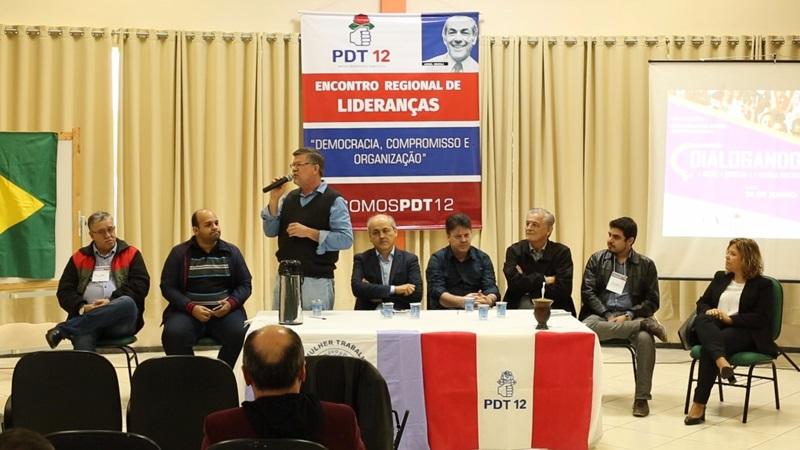 Entre as lideranças presentes, destaque para o ex-prefeito de Curitiba, Gustavo Fruet. Foto de divulgação