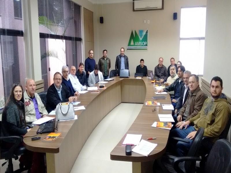 Reunião / Foto: Assessoria Amsop