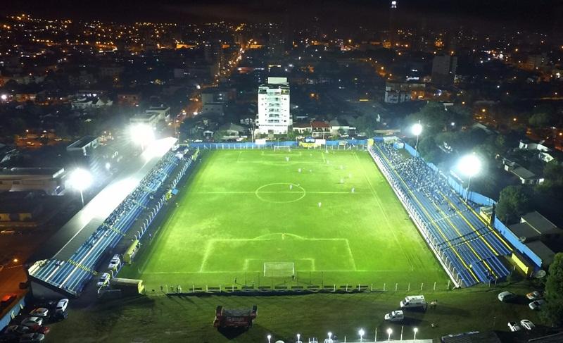 Vista aérea d Estádio Anilado, com nova iluminação. Foto: Betinho Chaves/Criativa Comunicação