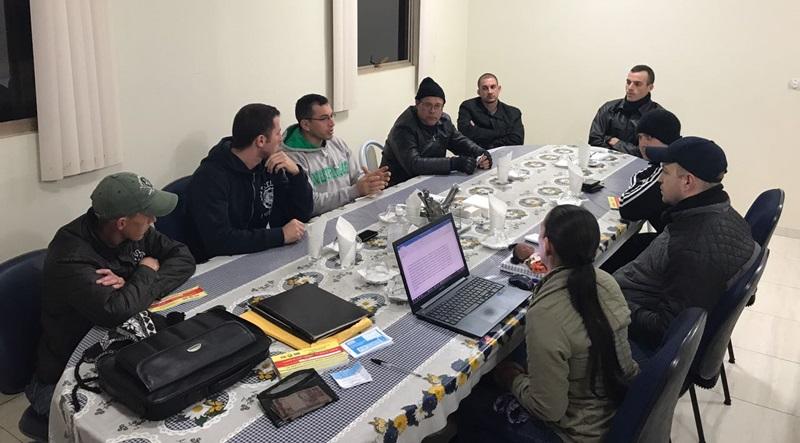 Membros da diretora estiveram reunidos na noite desta terça-feira (18). Foto de divulgação