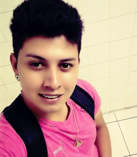 Jeferson Alan Duarte Ribeiro, 19 anos, foi atingido nas pernas e no tórax. Foto: Reprodução Facebook