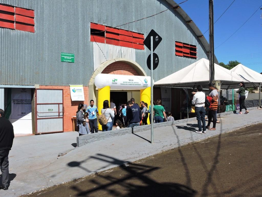 O evento acontece até a próxima sexta-feira (06), no Ginásio de Esportes do bairro Nossa Senhora Aparecida. Foto: Edson Zuconelli.