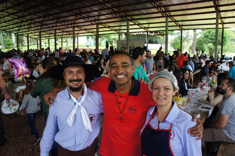 Participantes da festa foram recepcionados na campeira do CTG Laçando a Tradição. Foto de divulgação
