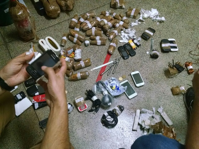 Objetos apreendidos foram entregues à Polícia Civil. Foto de divulgação