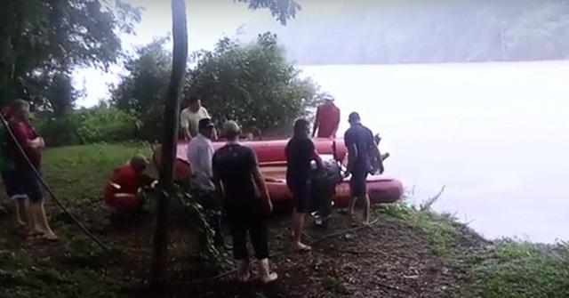 Bombeiros foram mobilizados e fazem buscas no Rio Chopim. Foto: Andrio Antunes
