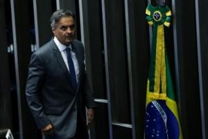 O senador Aécio Neves volta ao Senado para reassumir seu mandatoMarcelo Camargo