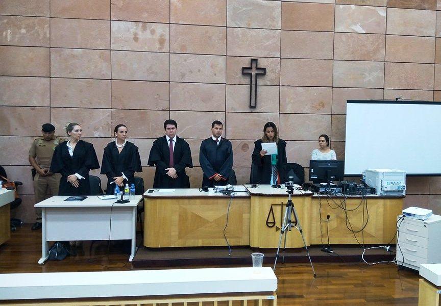 O resultado final do júri foi divulgado pela Juíza Drª Helênika Valente de Souza Pinto. Foto: Edson Zuconelli.